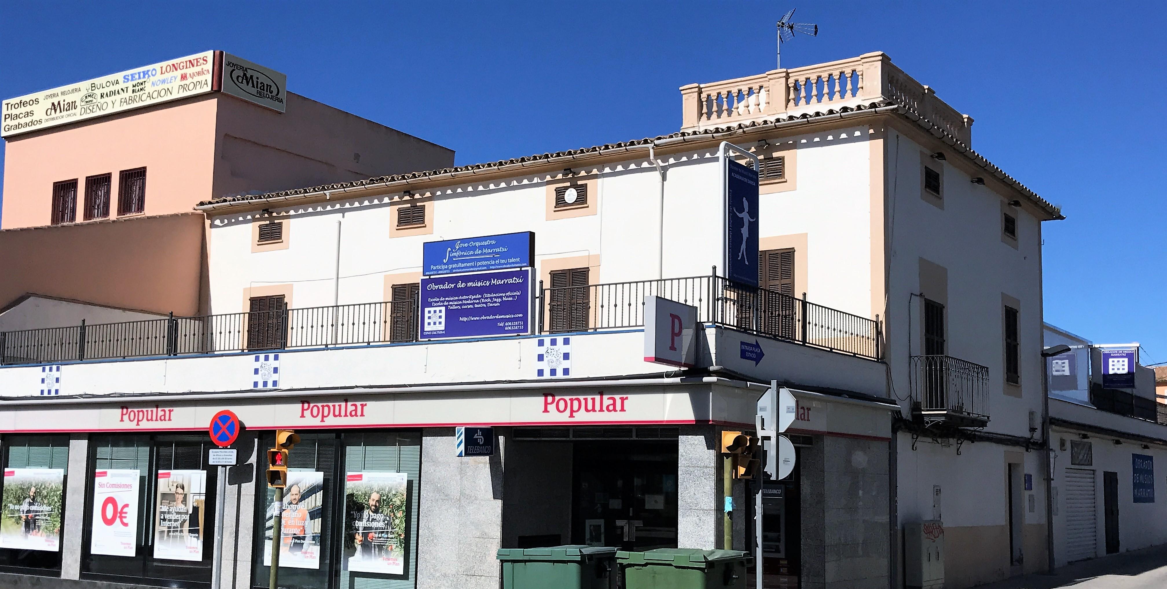 Imatge façana del centre